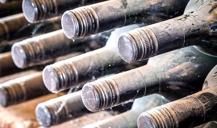 Вина со стеклянными или алюминиевыми закручивающимися пробками